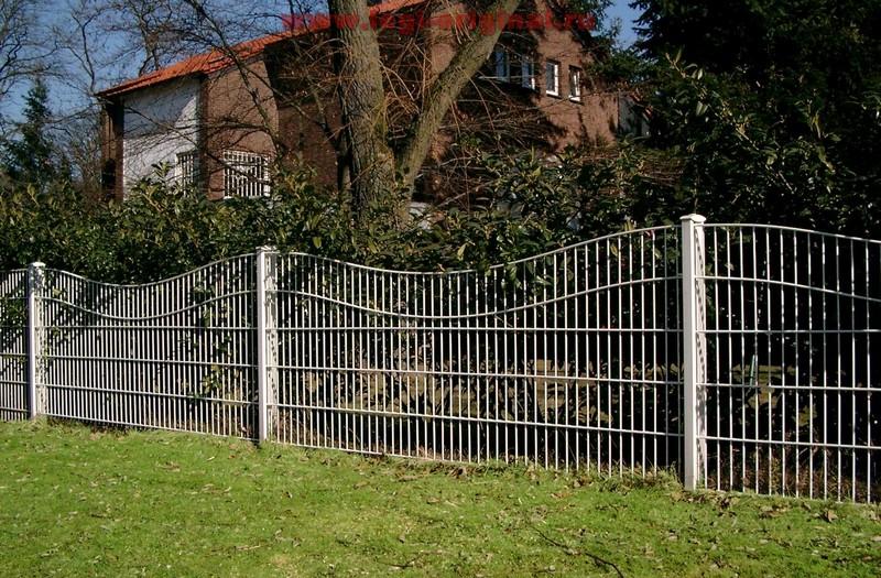 Заборы для частного дома своими руками из труб 35